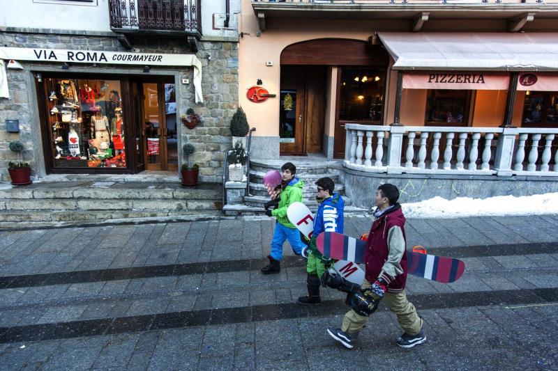 Courmayeur Mont Blanc Freeride Ski Italian Mountain Lifestyle