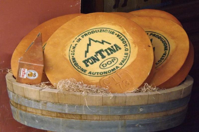 mocetta lardo arnad mangiare bene vino vitigni