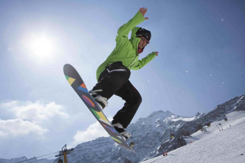 scuola sci lezioni sci snowboard lesso alps